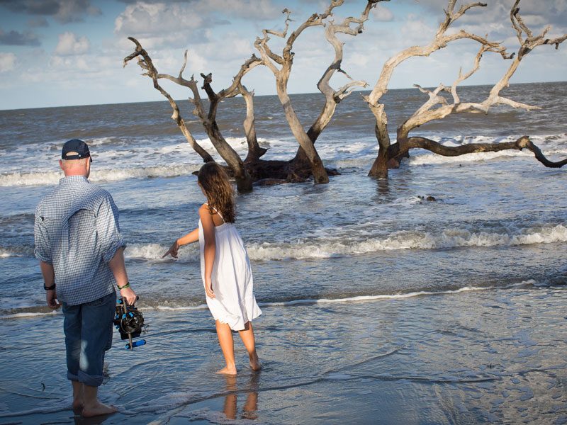 Curtis goes over a scene with Katherine Shelper on Driftwood Beach during the filming of Gift. (Photo: Filmstigator)
