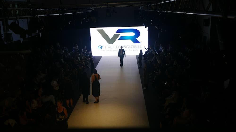 VR Runway 1